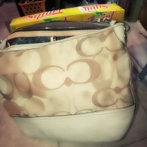Coach hobo bag-Carly edition Large